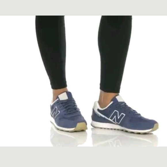 wholesale dealer 9bc07 fbc34 New Balance 696 Suede Mesh Running Shoes Sneakers NWT